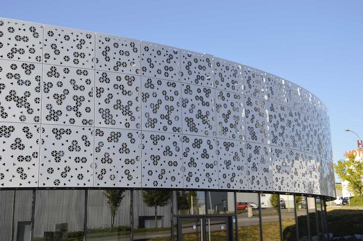 Gantois ejemplos edificio recubrimiento de fachadas chapas especiales - Recubrimientos de fachadas ...